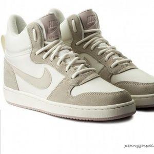 Nike Court Borough Air Force Mid Premium Size 8
